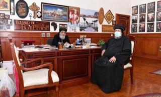 قداسة البابا يستقبل نيافة الأنبا إرميا