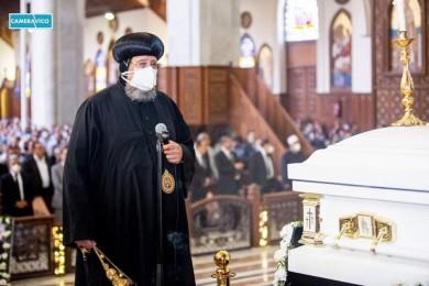 نيافة الأنبا إرميا يشارك في صلاة جناز مثلث الرحمات نيافة الأنبا كاراس أسقف المحلة الكبرى